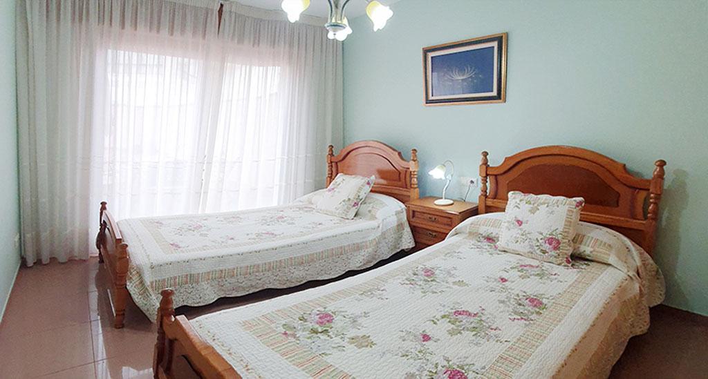 habitacion camas gemelos