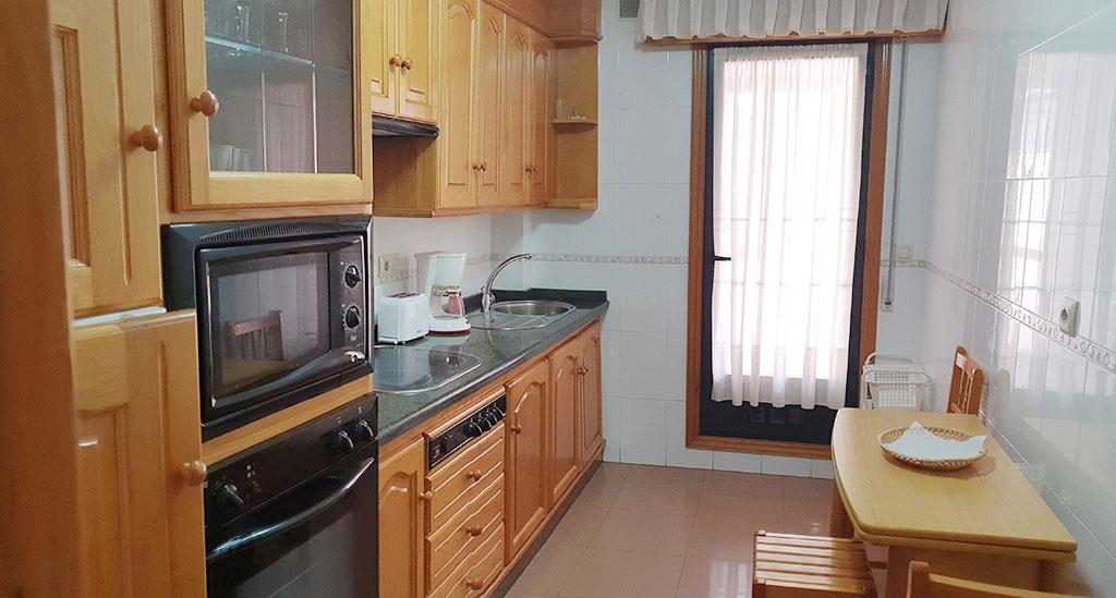 cocina y puerta terraza